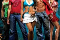 Due anni dopo Dhoom, arriva il sequel segnando già in partenza il record di film distribuito con il maggior numero di copie della storia del cinema indiano.